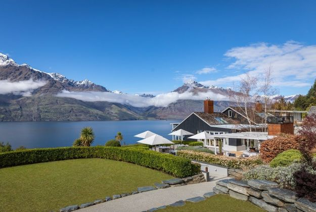 Luxury Lodges In Queenstown | Matakauri Lodge